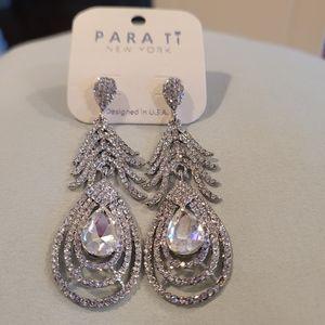 Para Ti New York clear earrings